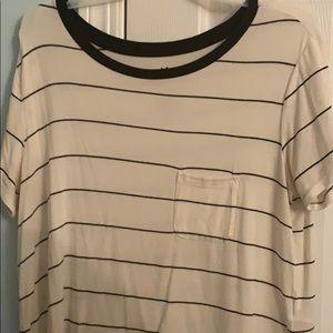 basic white and black striped T-shirt.